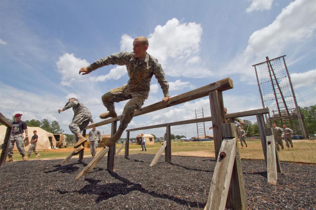 cursa cu obstacole
